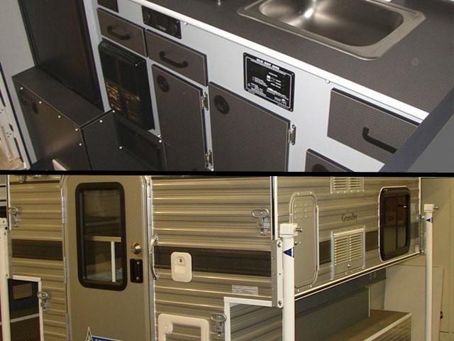 Four Wheel Campers Hawk Pop Up 6 5 Regular Bed Main